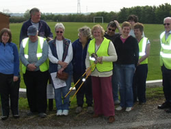 Litter picking in Beckingham